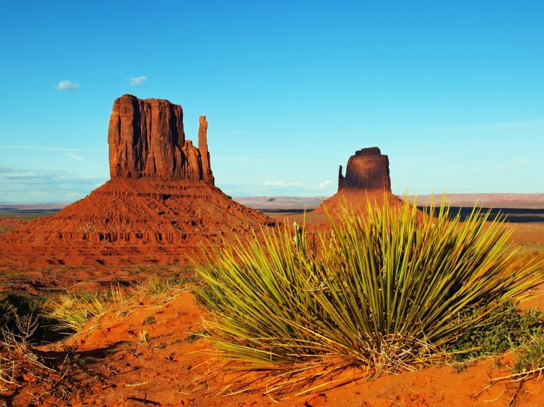agosto monument valley